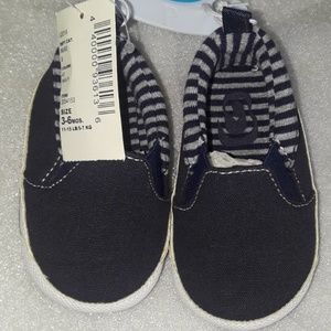 KIDS SHOES 3-6 MONTHS